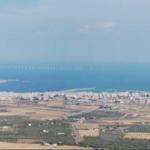 Manfredonia, Tremiti, Marina di Lesina: un assedio di pale eoliche