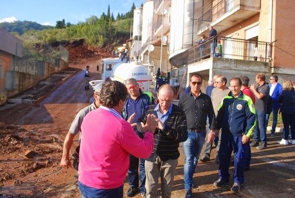 Alluvione, sotto accusa le politiche urbanistiche; lo sdegno di Minervini