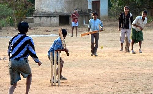 Foggia multiculturale: se a piazza Giordano si gioca a cricket