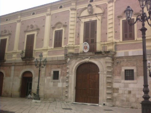 La curia smentisce la soppressione della diocesi Lucera-Troia, ma…