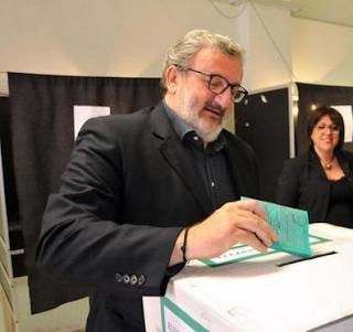 Michele Emiliano stravince le elezioni regionali e apre al M5S