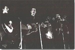 Metti una sera a Foggia, quattro ragazzi con la chitarra e un pianoforte sulla spalla
