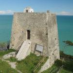 Dare vita alla torre garganica di Monte Pucci