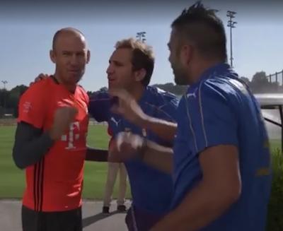 """Robben da pazzi: """"U' Fogge è nu squadron. Forza Foggia"""""""