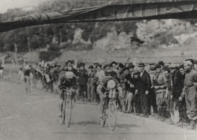 Cento volte Giro / A Foggia lo storico sprint tra Binda e Girardengo (di Maurizio De Tullio)