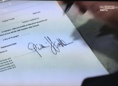 Stroppa rinnova il contratto in diretta tv