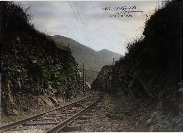 Il Gargano e la sua ferrovia. Che poesia.