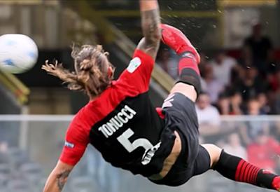 """Sky battezza il Foggia """"cooperativa del gol"""""""