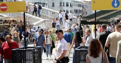 """""""Il Foglio"""": Non vi piace Venezia? Visitate Foggia"""