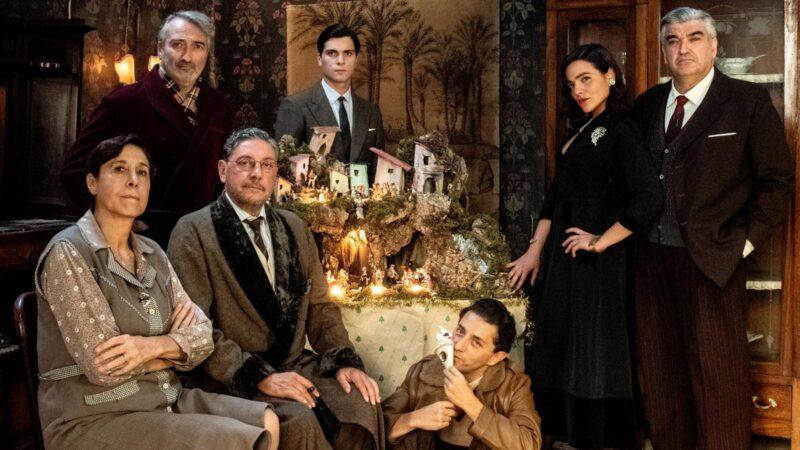 """De Angelis celebra Eduardo: che bello il suo """"Natale in casa Cupiello"""""""