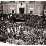 47 anni fa, Foggia in piazza attorno a Luigi Pinto. Le foto inedite di Antonio Pipino